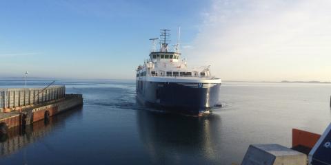 Samsø Rederi, Hou-Saelvig