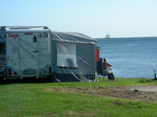 3-camping 2