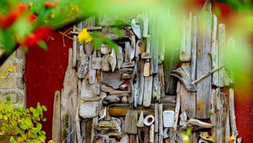 Langemark Samsø - husdekoration af drivtømmer